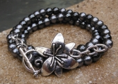 Hematite and Gray Pearl Duel